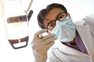 dentist with a needle http://pestcemetery.com/